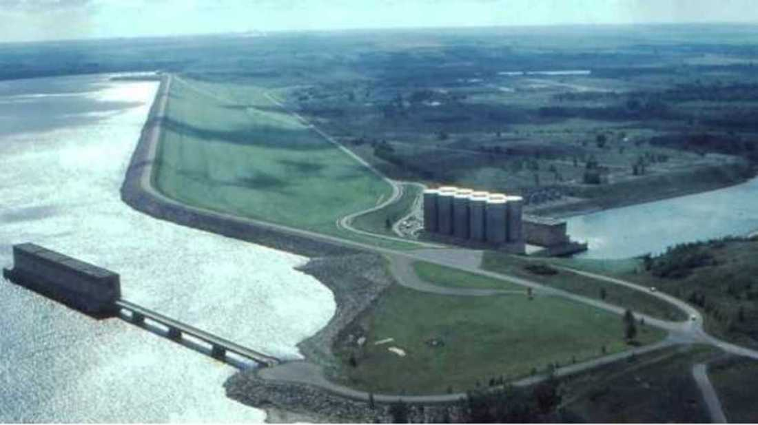 garrison dam aerial